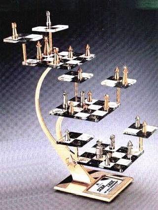 Star Trek The Next Generation Tridimensional Chess Set