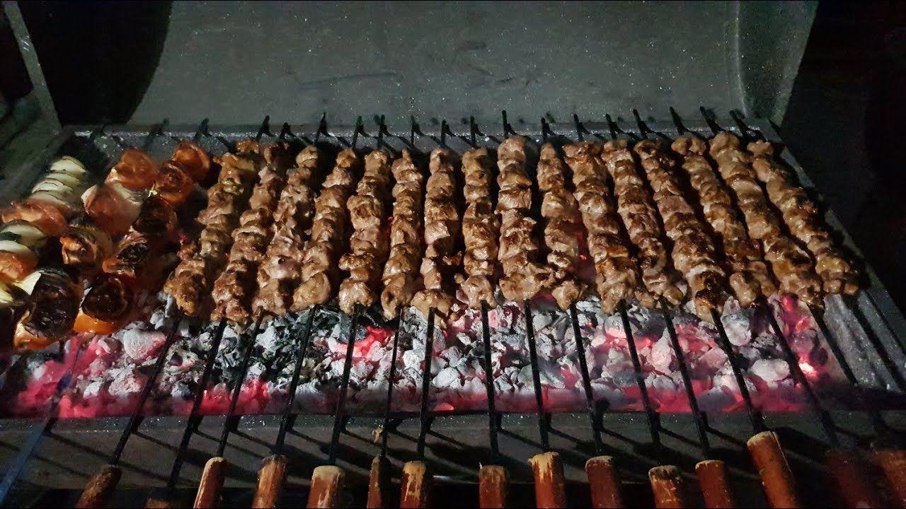 كباب وشقف مشوي على الفحم مع التتبيلة على الطريقة السورية الحمصية Youtube Cooking Food Kebab Recipes