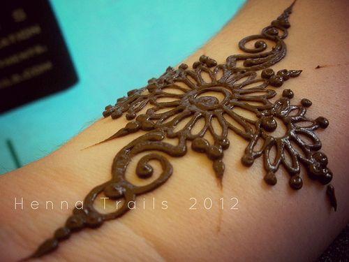 street market henna summer 2012   Kristy McCurry   Flickr