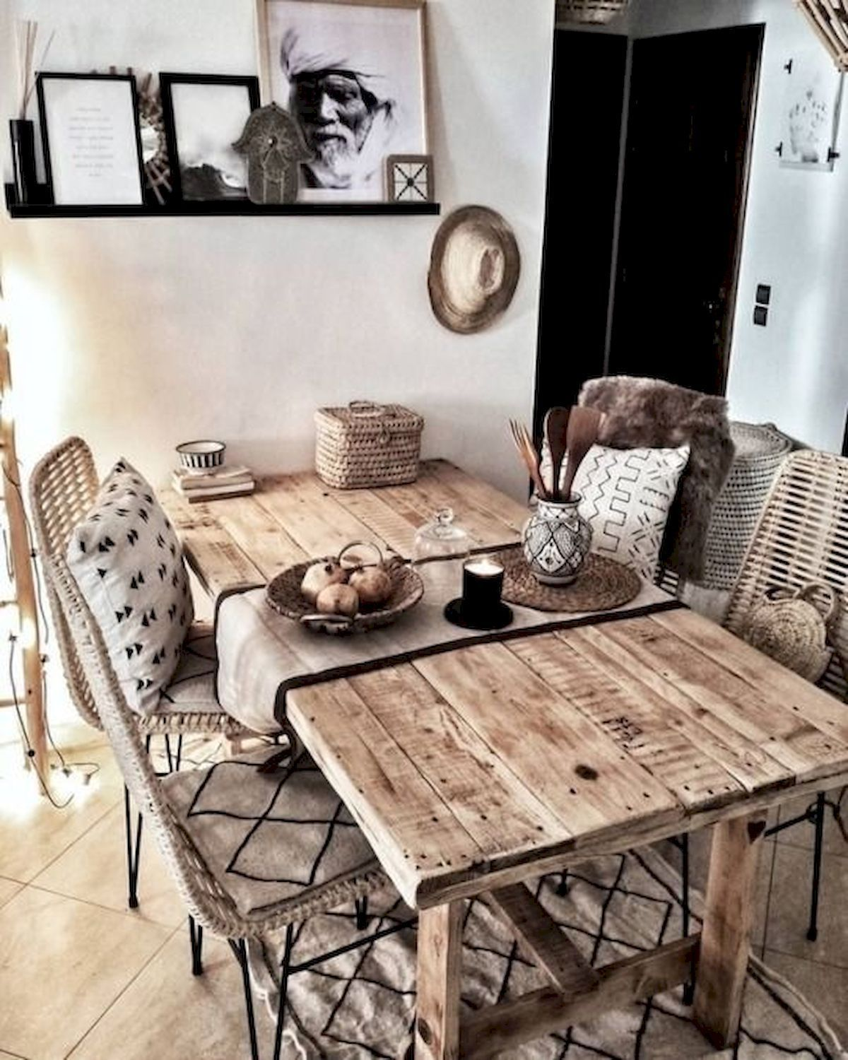 18 Adorable Dining Room Wall Art Ideas And Decor - 18DECOR in 18