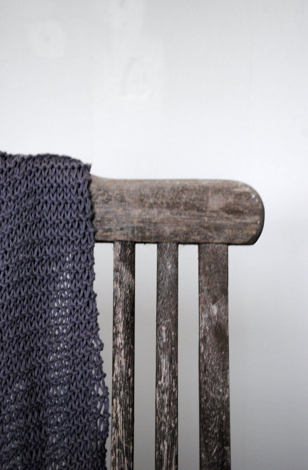 i really love grey knits.