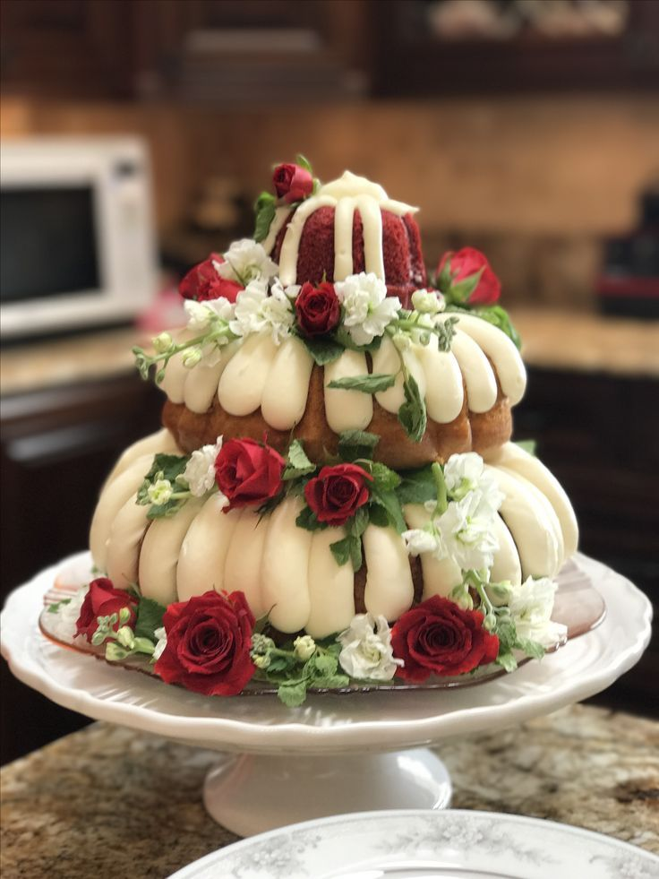 Had this for my bridal shower delicious nothing bundt