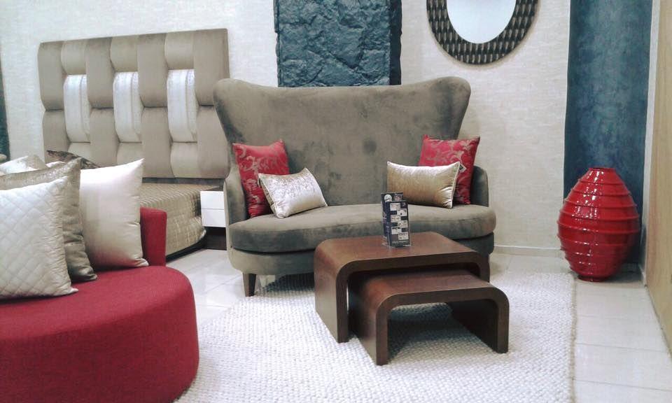 Fauteuil Et Table Basse Home And Sofa Decoration Maison Deco Maison Salon Marocain
