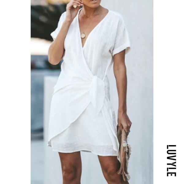 7df2c1055 AdoreWe  Luvyle -  Luvyle V Neck Plain Short Sleeve Bodycon Dresses ...