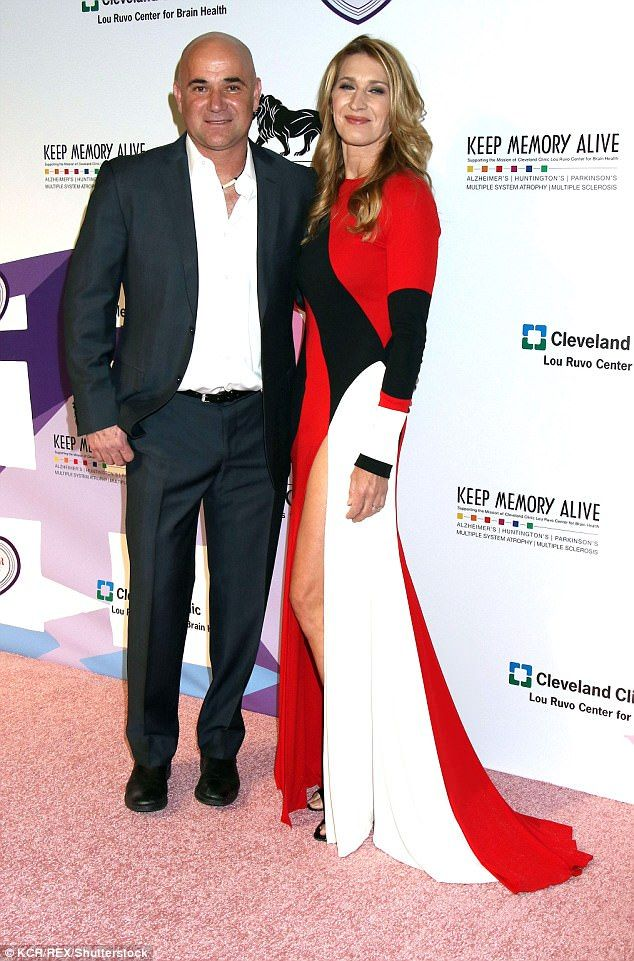 Steffi Graf Makes Rare Red Carpet Appearance With Husband Andre Agassi Fashion Clothes Red Carpet