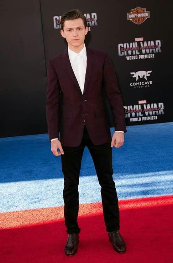 Tom Holland premiere