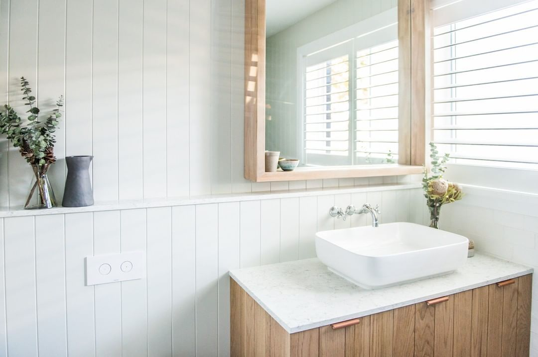 Bunnings Warehouse On Instagram This Hamptons Inspired Bathroom Was Achieved With Easycraft Panels In 2020 Bathroom Cladding Diy Bathroom Remodel Bathrooms Remodel