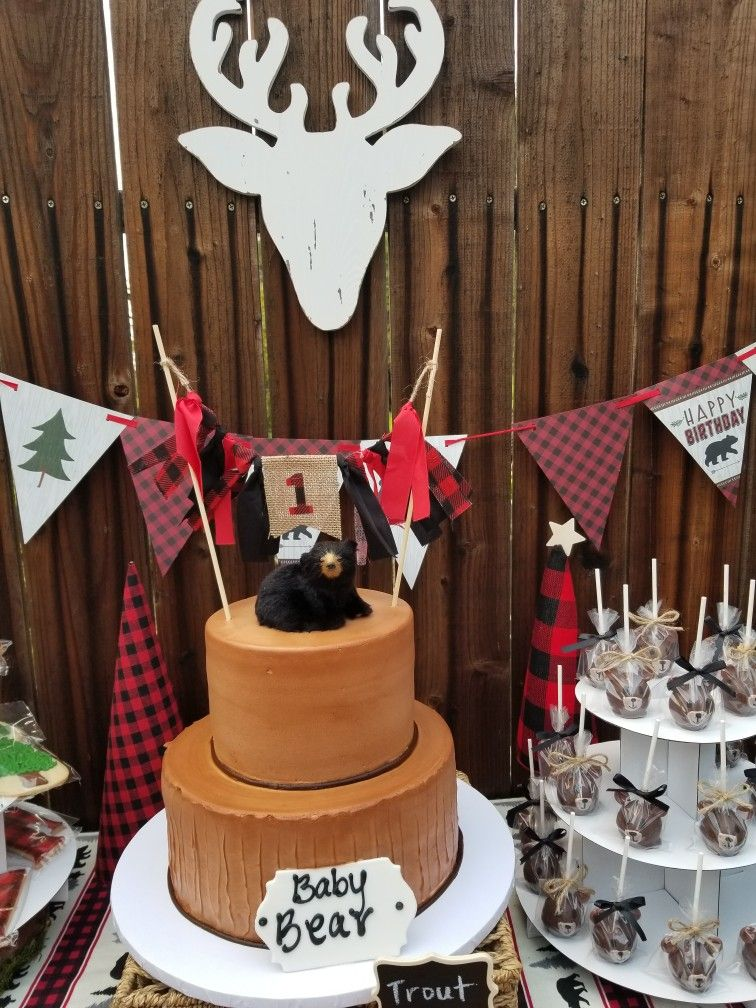 Our Cake Is From Portos Bakery Topper Etsy And Black Bear Hobby Lobby All Perfect Into One