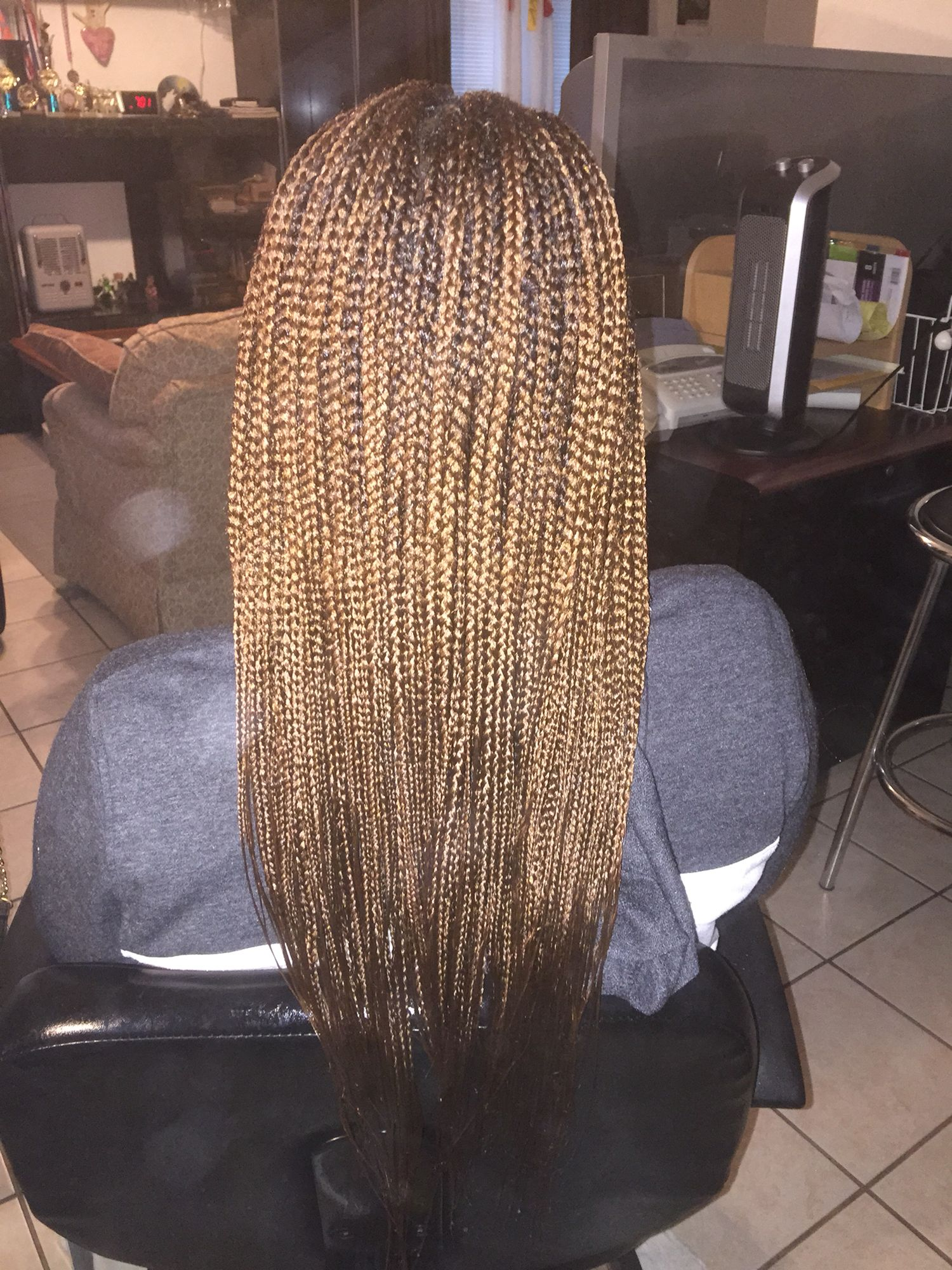 Box Braids With 30 Mid Back Length Small Small Medium Size