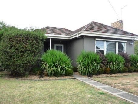10 Garden Street Warrnambool Vic 3280 House For Sale 116449391 Realestate Com Au House Warrnambool Garden