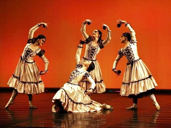 956360f6dc50 Escuela Bolera | art en 2019 | Baile, Español y Flamenco