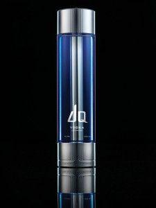 le packaging de prestige quand la bouteille m le technologie et uvre d 39 art dq vodka est une. Black Bedroom Furniture Sets. Home Design Ideas
