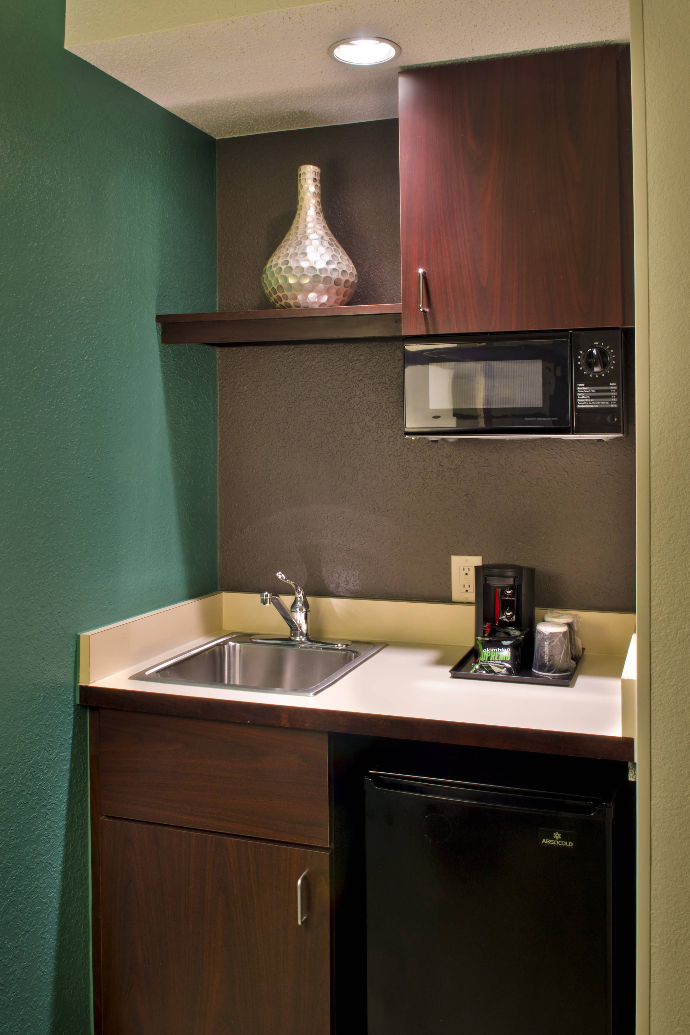 Springhill Suites Danbury Suite Kitchenette Travel Holiday