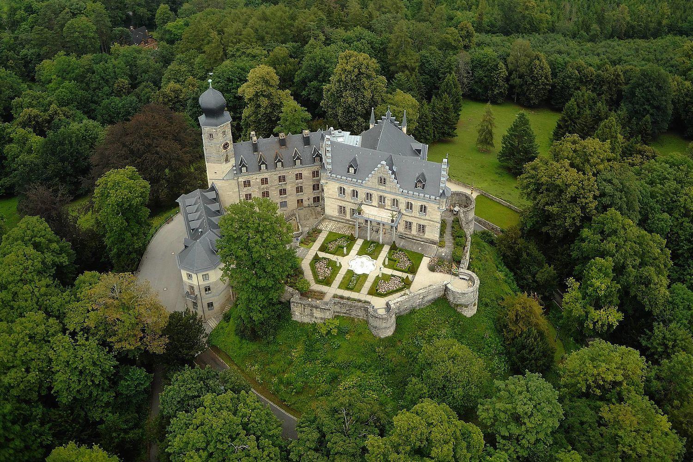 Schloss Callenberg Luftbild Schlosser In Bayern Burg Burgen Und Schlosser