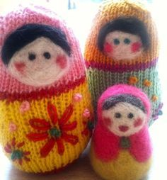 Make It: Knitted Russian Dolls - Free Knitting Pattern #knitting #amigurumi