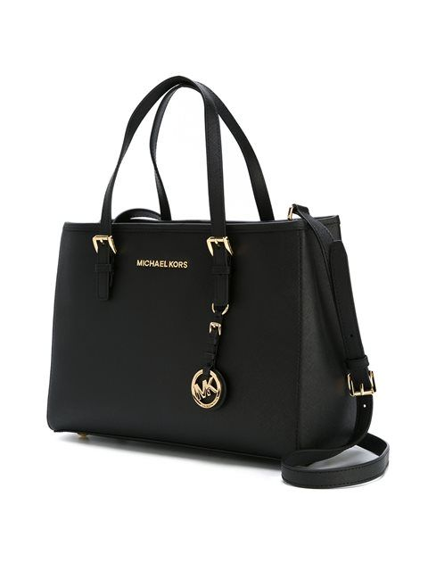 Louis D. Hernandez on   Fashionista   Bags, Handbags michael kors ... 91c30e2d4d
