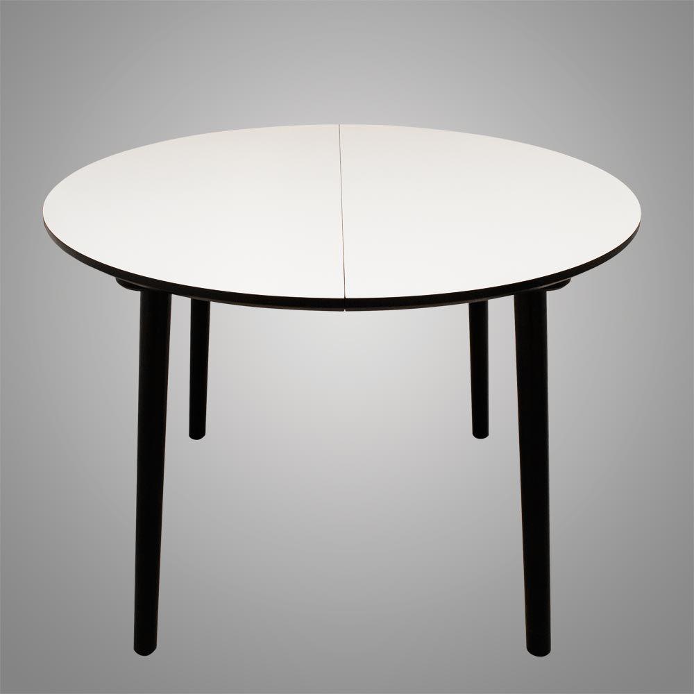 Rundt spisebord med udtræk her vist uden isat tillægsplader. Og som ...