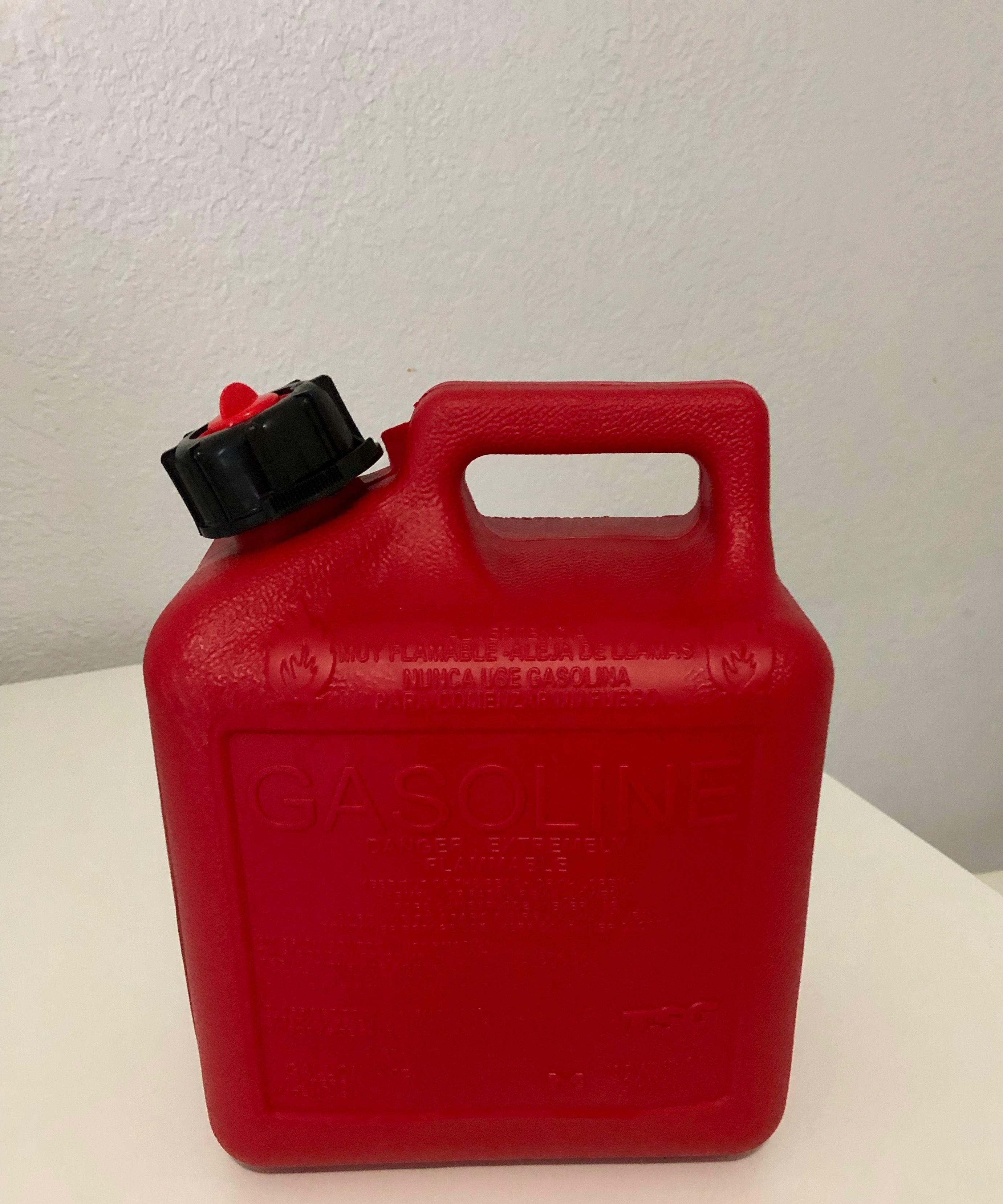 Gasolina O Disel Para Llenar El Tanque Reusable Water Bottle Bottle Water Bottle