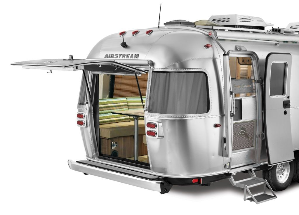 New 2017 Airstream RV International 27FB Travel Trailer at