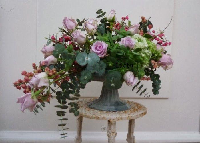 alzatine shabby | Centrotavola, Shabby, Decorazioni floreali