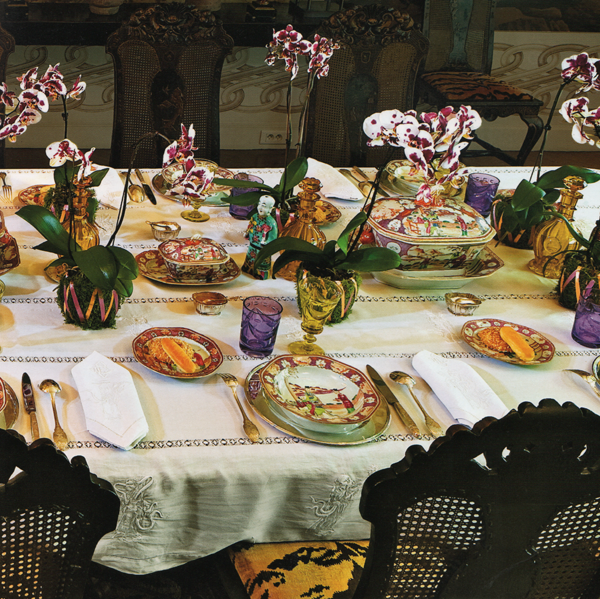 Happy New Year!   Tablescapes, Table settings and Tabletop