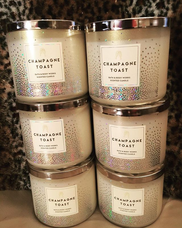 Bath & Bodyworks | Champagne Toast Candle in 2020 (With ...