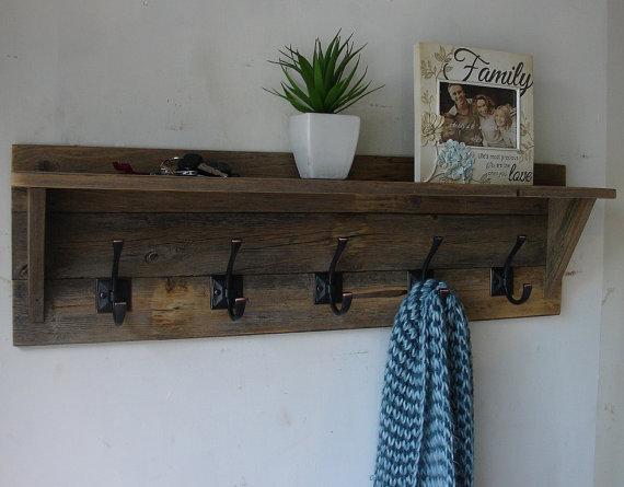 Rustic Reclaimed Wood 5 Hanger Coat Rack With Shelf New Item On Etsy 95 00 Barn Wood Coat Rack Rustic Coat Rack Diy Coat Rack