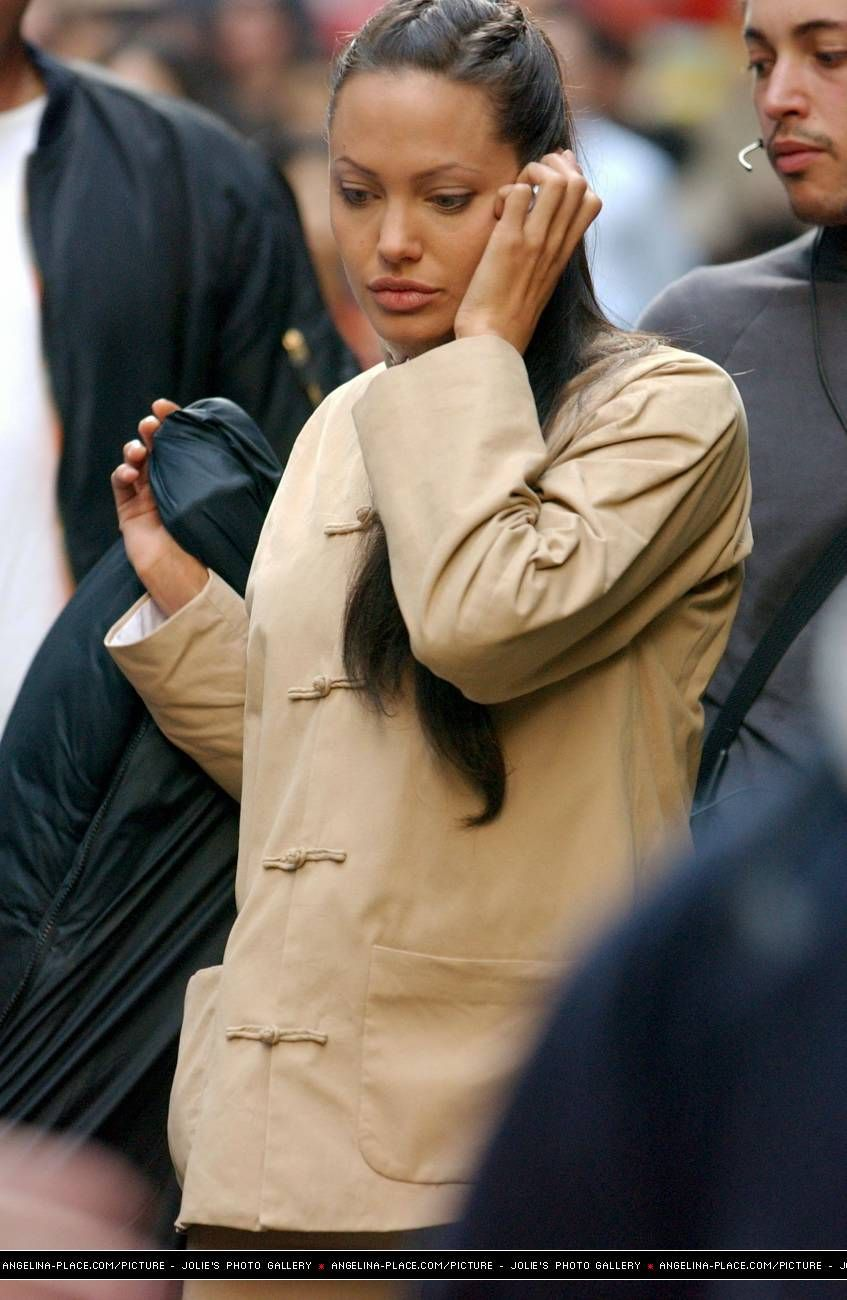 Pin Von Angelina Jolie Auf Angelina Traumfrau Frau Haare