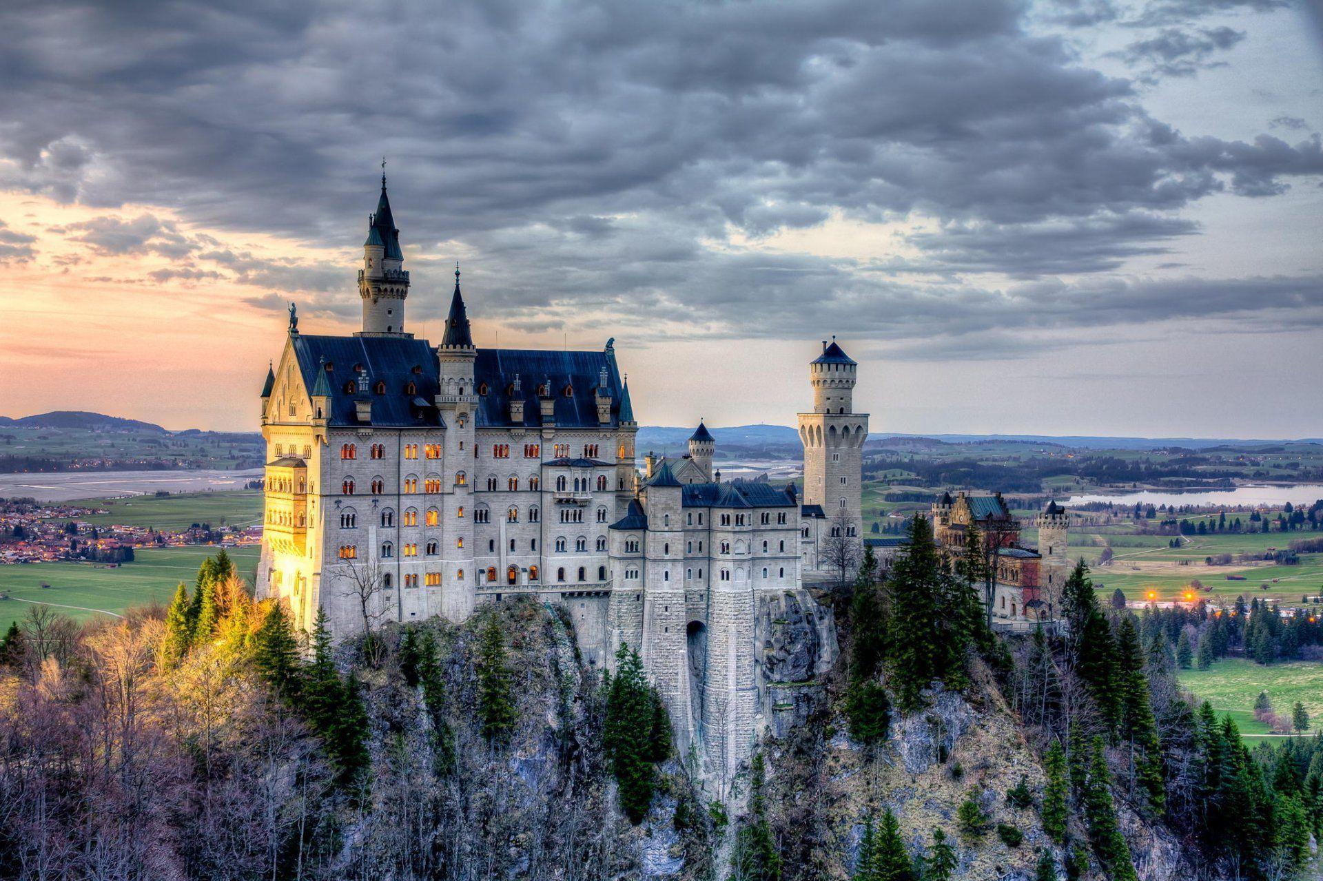 Home Of King Ludwig Neuschwanstein Castle Bavaria Germany Bayern Munich Hd Wallpaper Neuschwanstein Castle Castle Bavaria Germany Castles