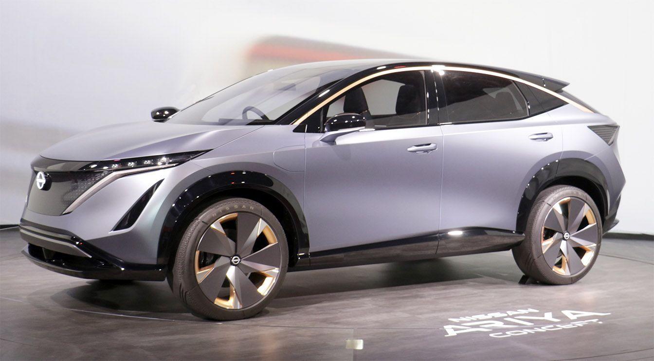 Meet Nissan S New Futuristic Electric Suv Concept Nissan Leaf Nissan New Nissan