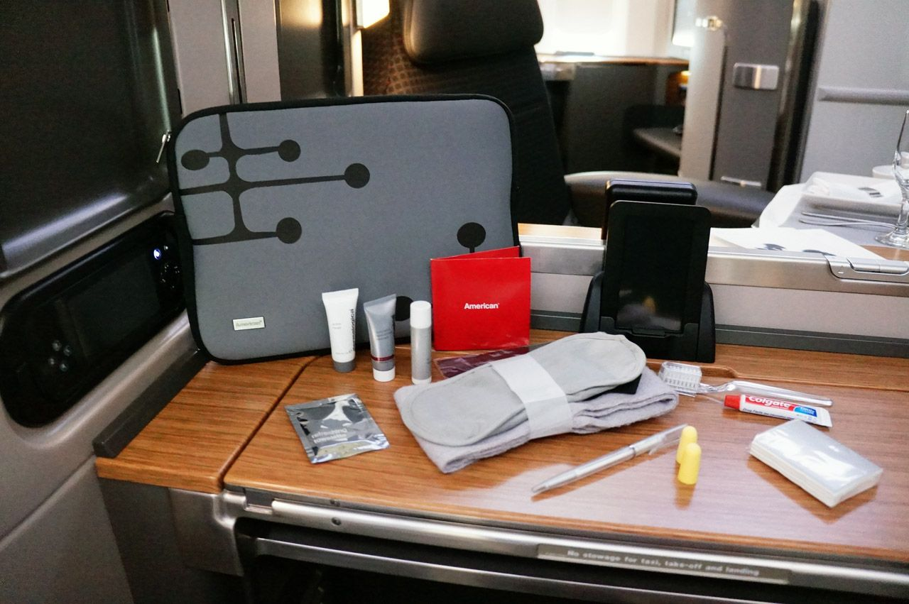 The New Upgraded First Class Amenity Kit Is Exclusive To The 777 300er Flagship Suites The A American Airlines American Airlines Flight Attendant Amenity Kits