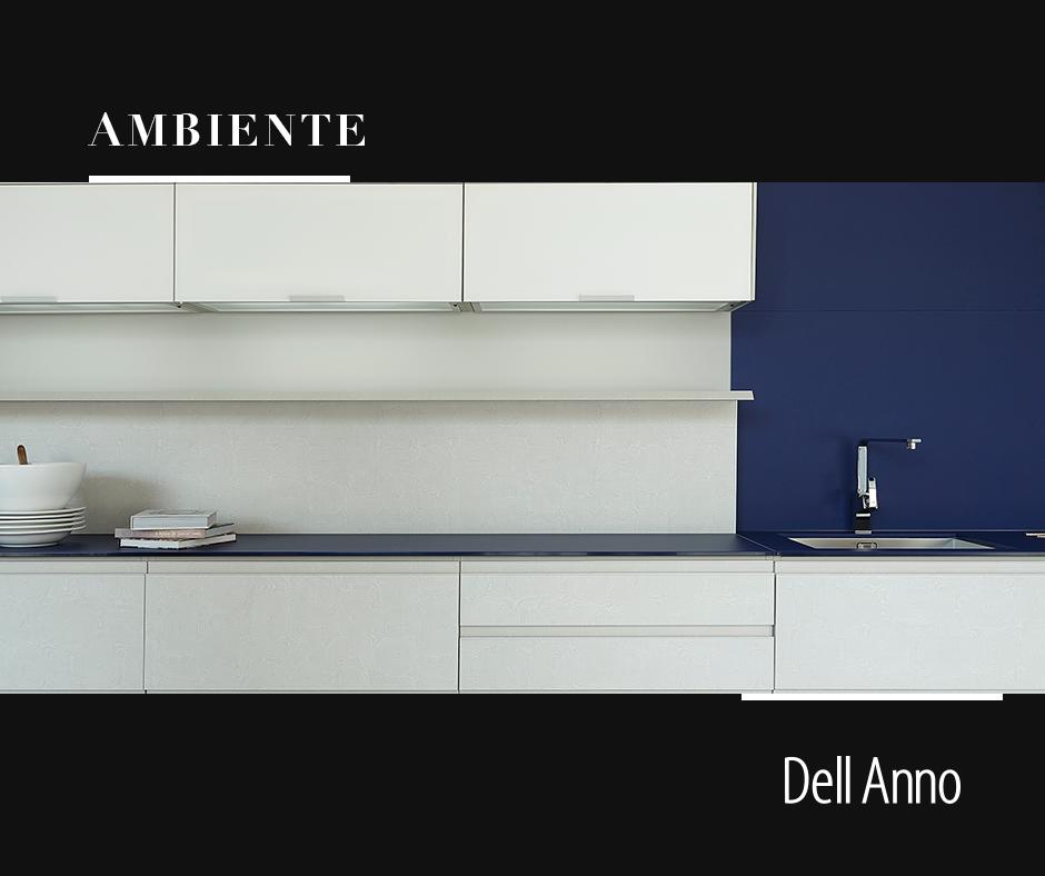 Este padrão, combinado com a modulação batente, cria uma cozinha contemporânea e minimalista.