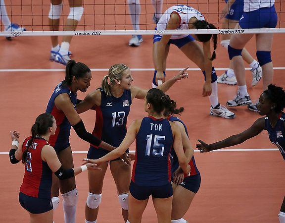 Olympics U S Women S Volleyball Team Sweeps Serbia Stays Unbeaten Women Volleyball Volleyball Team Olympics