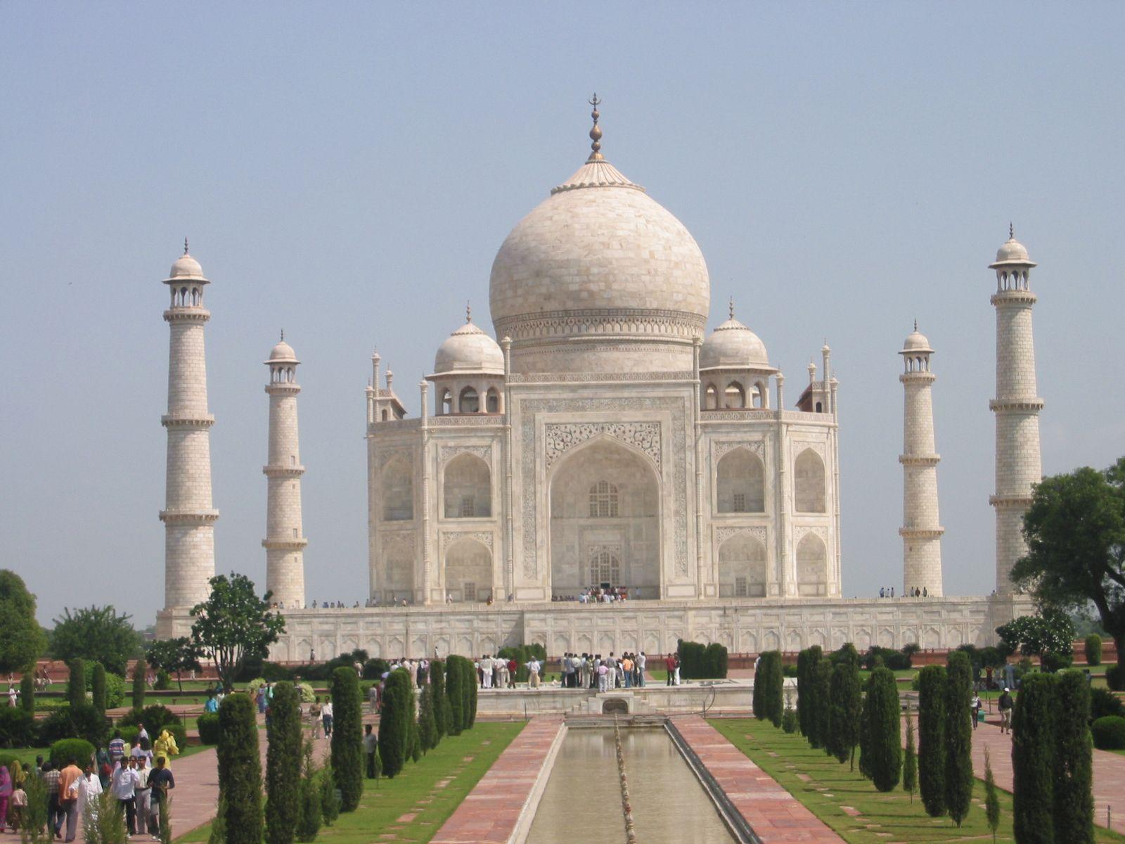 The Beautiful Taj Mahal in India inspires many Zodax items