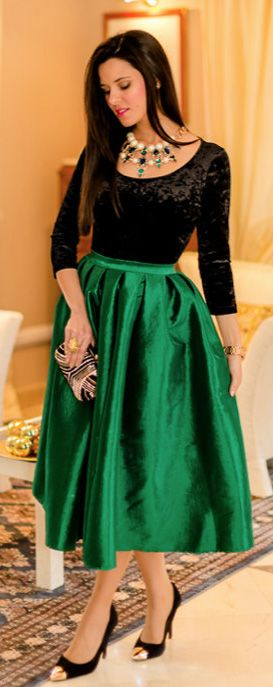 green midi skirt | Blogger Inspiration | Pinterest | The outfit, A ...