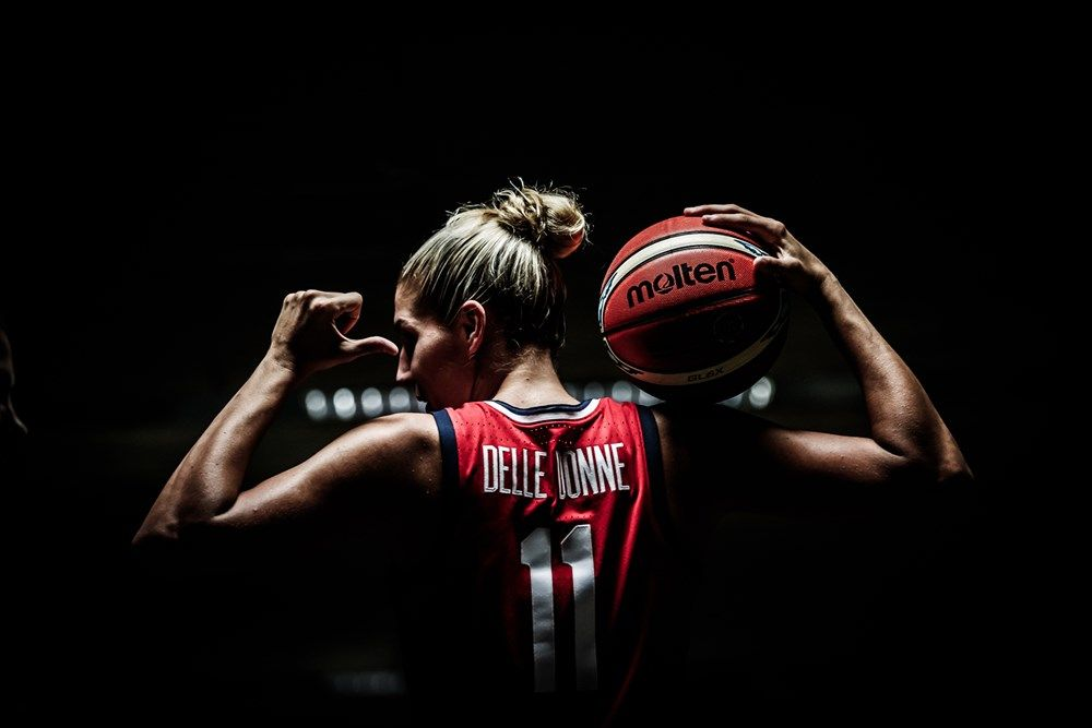 Fiba Women S Basketball World Cup 2018 Fiba Basketball Basketball Senior Pictures Womens Basketball Basketball Photography