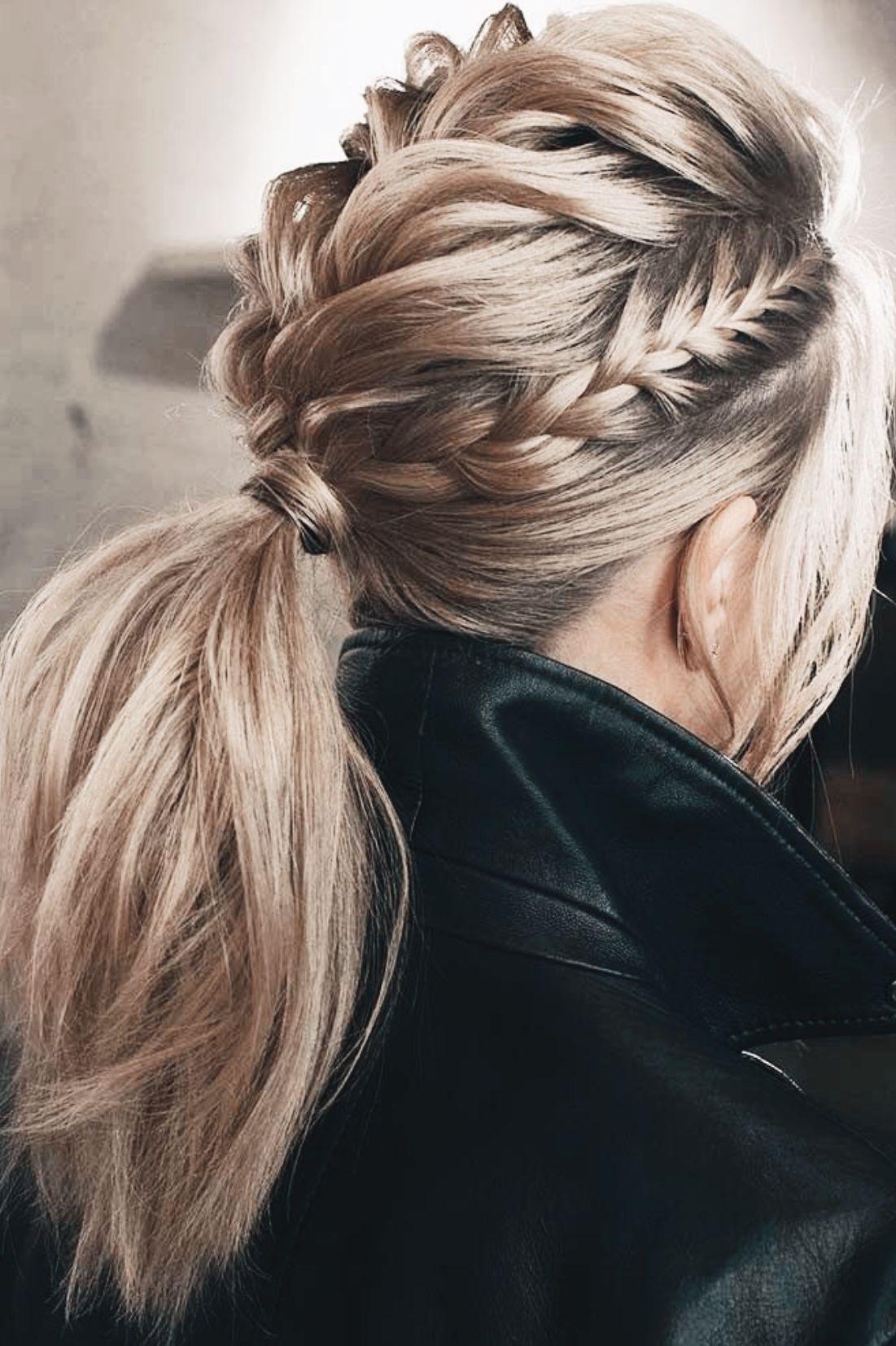 P I N T E R E S T C A L L I E Messyshorthairstyles Messyshorthairstyles In 2020 Braided Hairstyles Updo Hair Styles Trendy Hairstyles