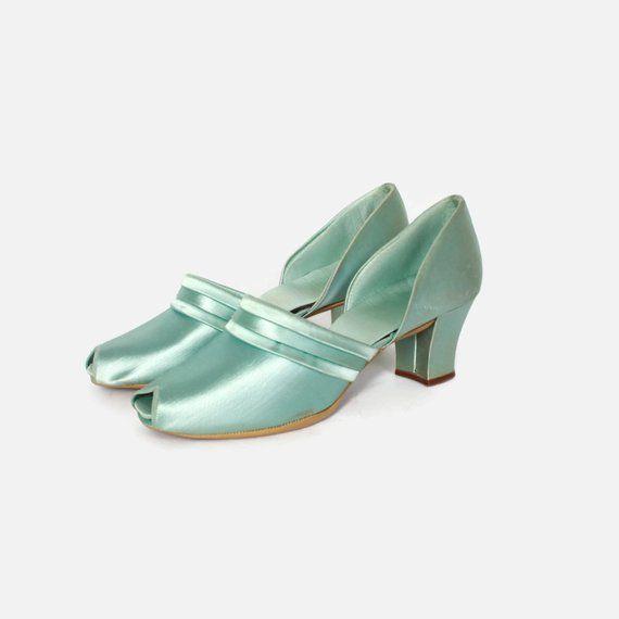 2ba2858d7b05fb Vintage 40s Aqua Satin Heels   1940s Daniel Green Pin-Up Boudoir Slippers   40sfashion