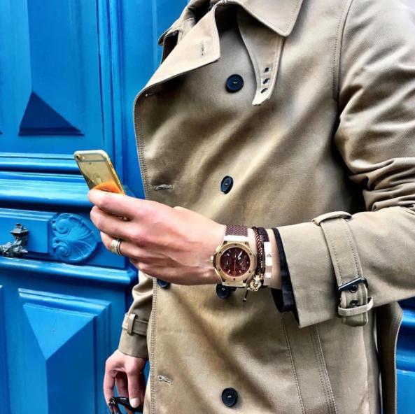 #trenchcoat #Luxurywatch #Mendetails #watch