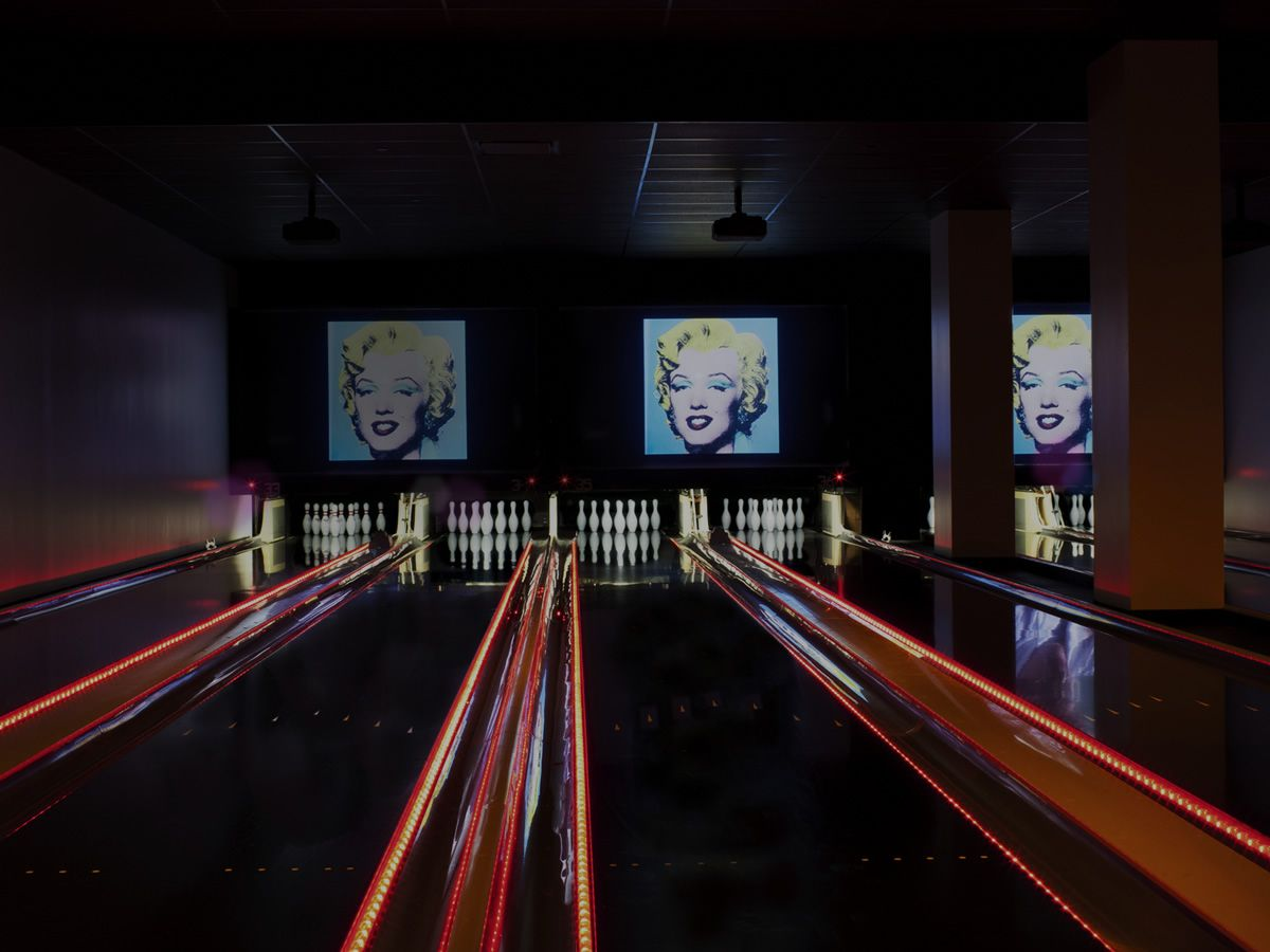 Bowlmor Lanes New York City Sports Bar Arcade Bowling
