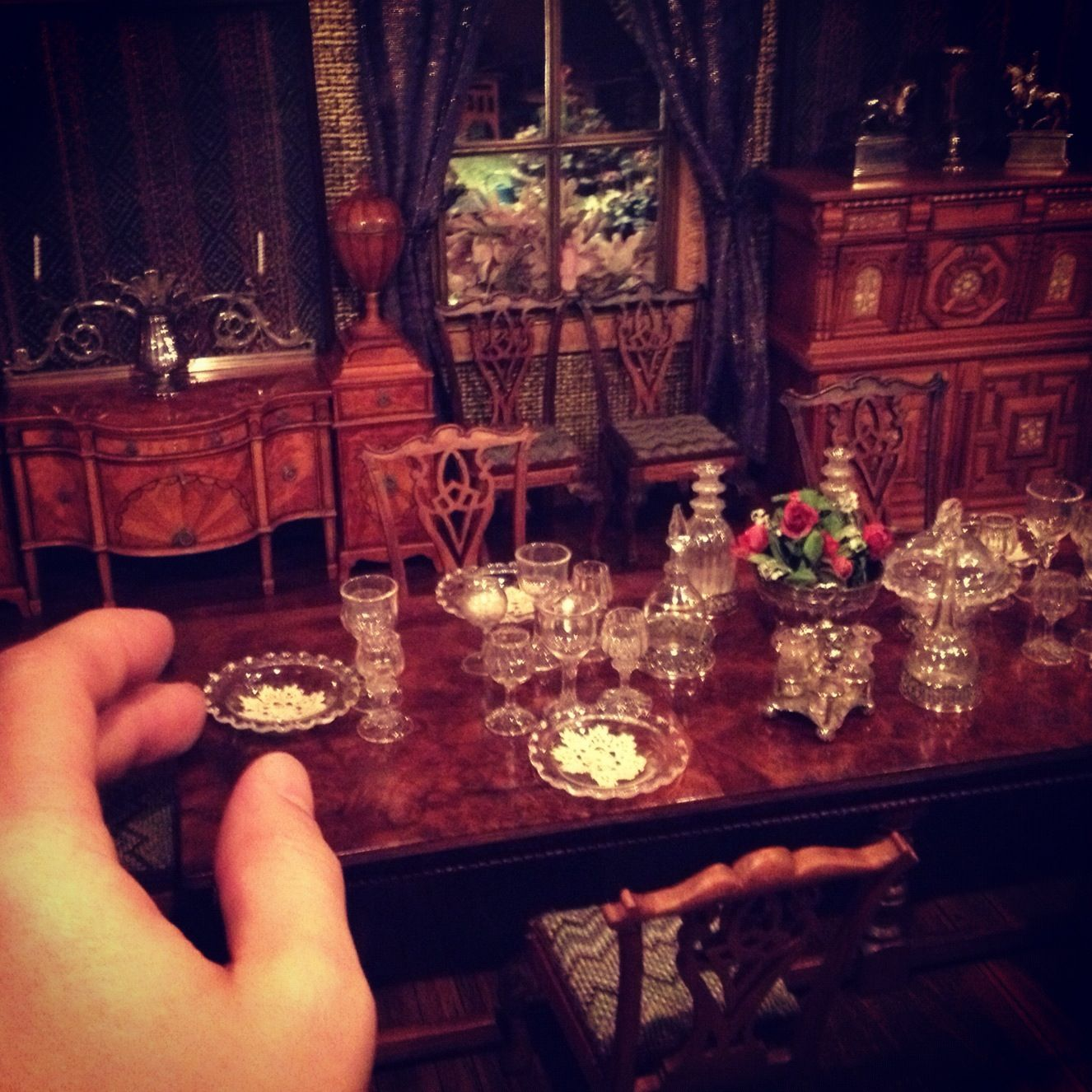 Dollhouse Miniature Dining Room Table.