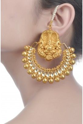 This gorgeous gold chandbali !! #OhMyGold
