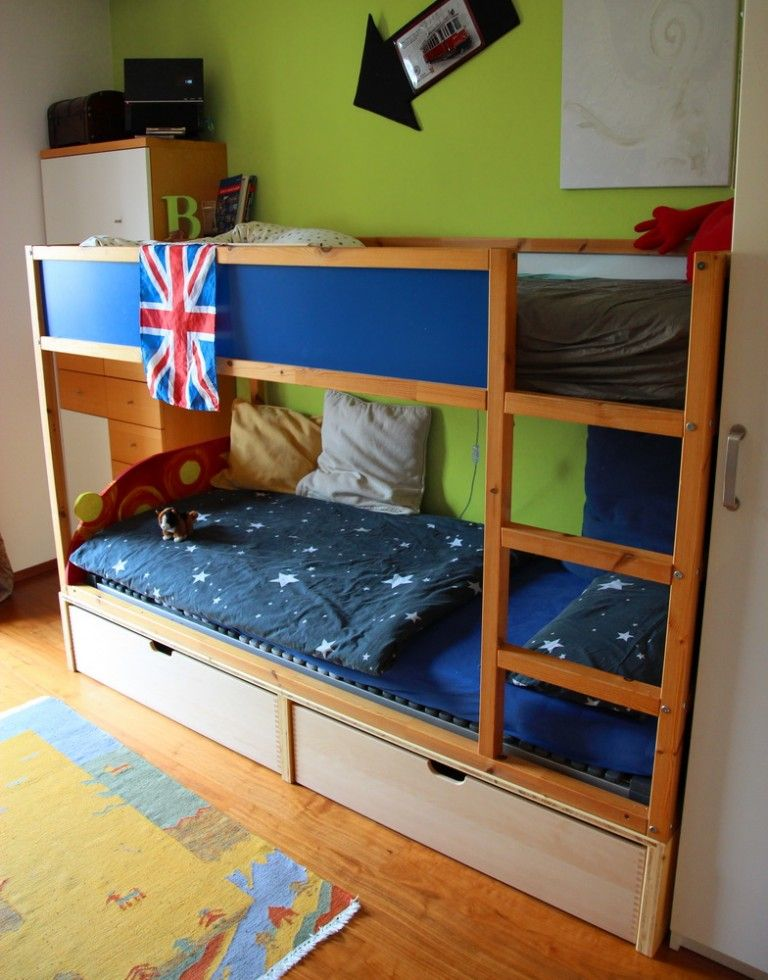 chaosfreies kinderzimmer ikea kura hack interieur. Black Bedroom Furniture Sets. Home Design Ideas