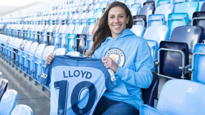 Departures of USWNT Players from American Pro League Continues with Carli Lloyd - http://athenasportsnet.com/exodus-of-uswnt-players-from-american-league-continues/