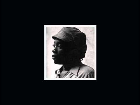 Milton Nascimento - Ponta de Areia  (musica do primeiro disco que comprei na minha vida. Não cansava de ouvir o disco todo, mas especialmente essa música).