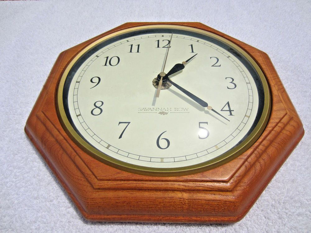 Beautiful Wood Octagon 115 Quartz Wall Clock