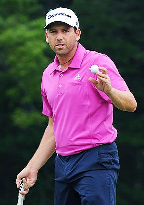 Sergio Garcia shot a secondround 64 to take the lead at