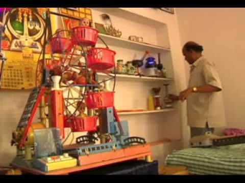 How to make home decorative items with waste materials for Waste things product