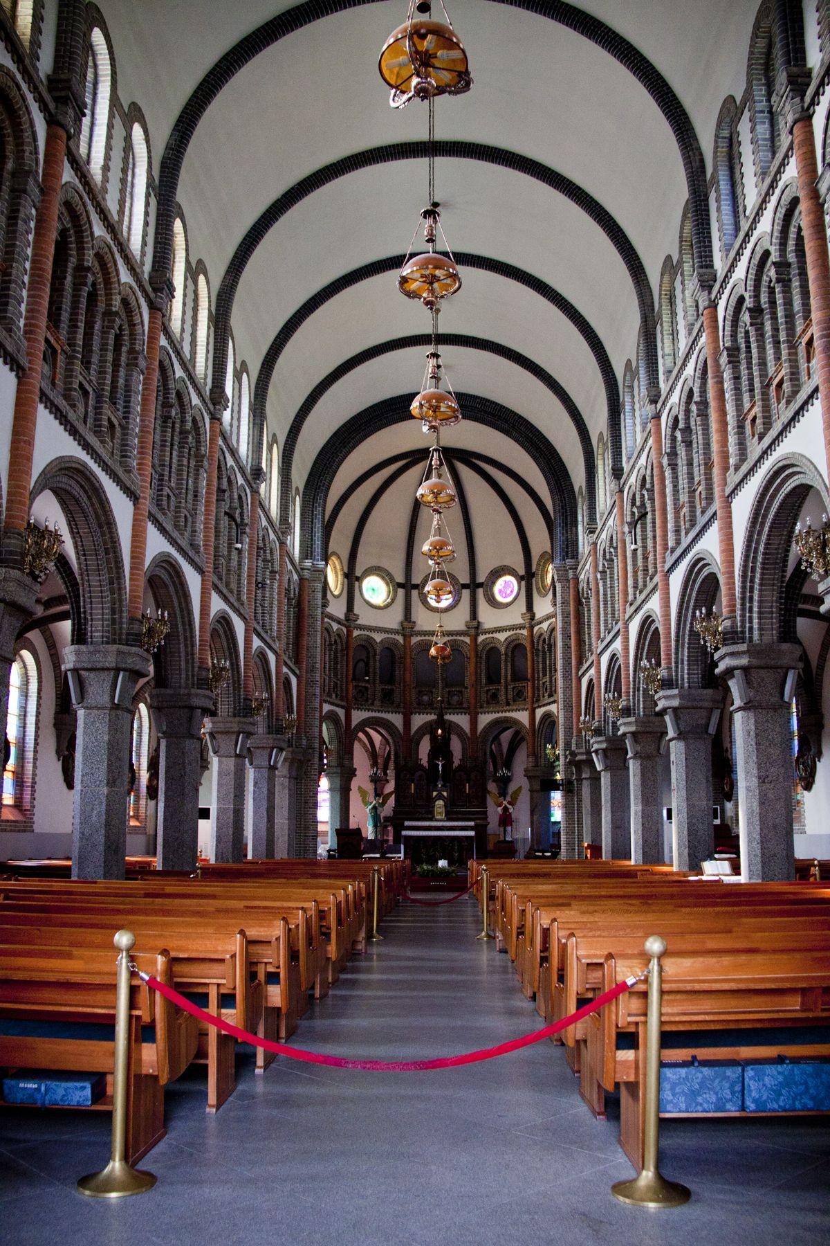 ChurchHanok2