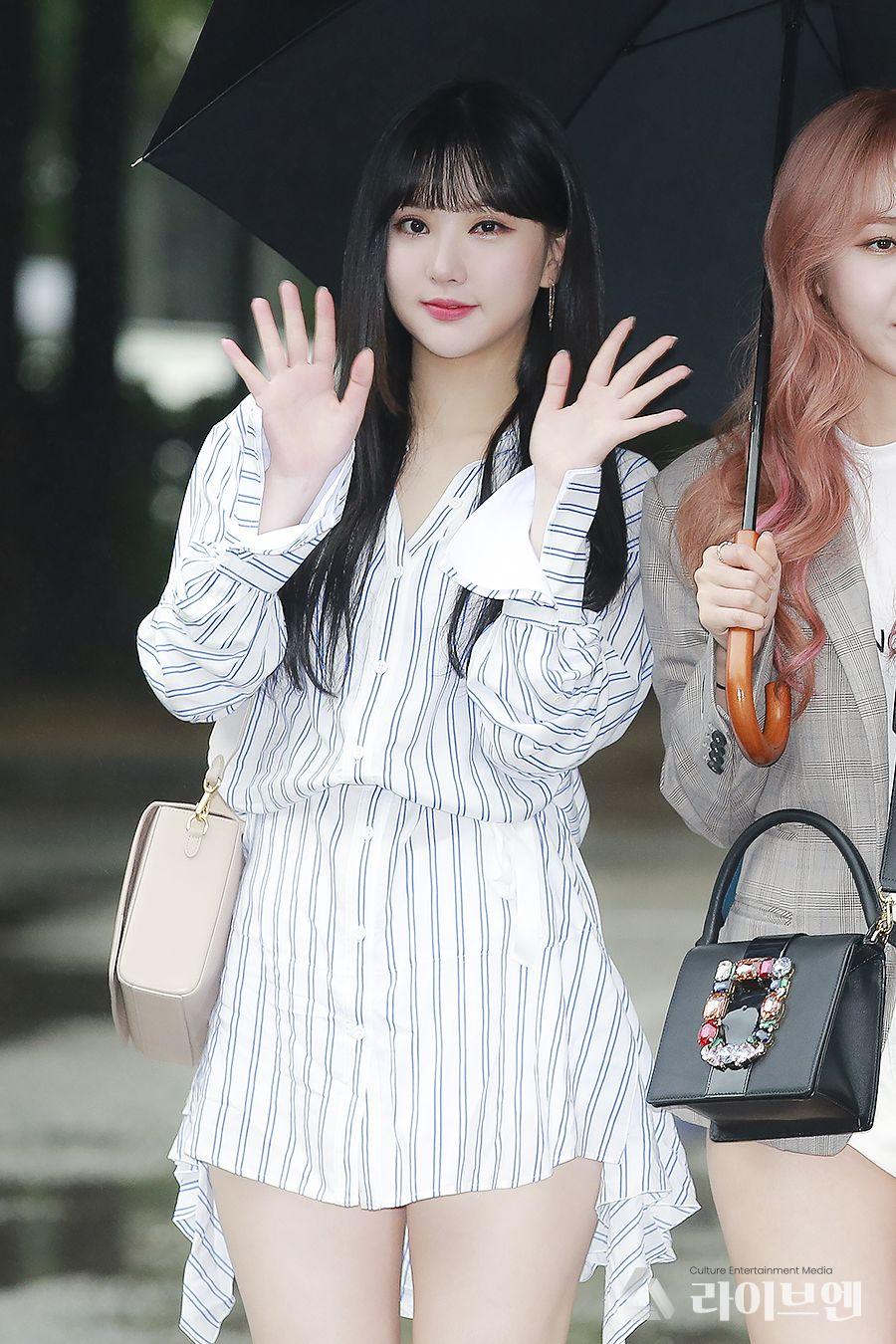Top 10 adorable photos of GFRIEND Eunha - Sexy K-pop